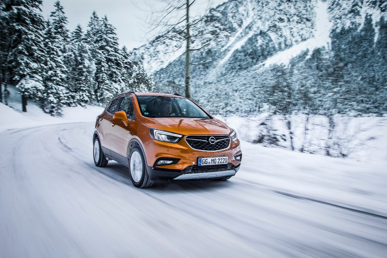 Winter driving with Opel