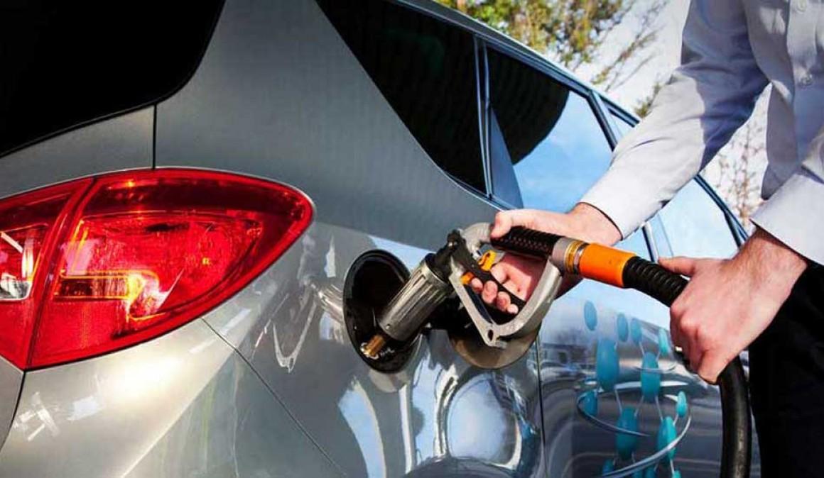 article-10-trucos-coche-consuma-menos-combustible-5acb509d2d93b.jpg