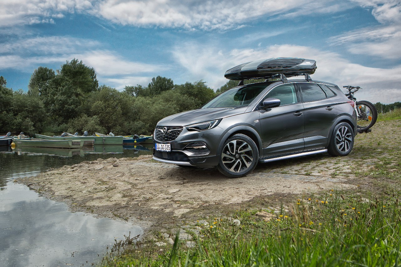 Practical accessories for Opel Grandland X