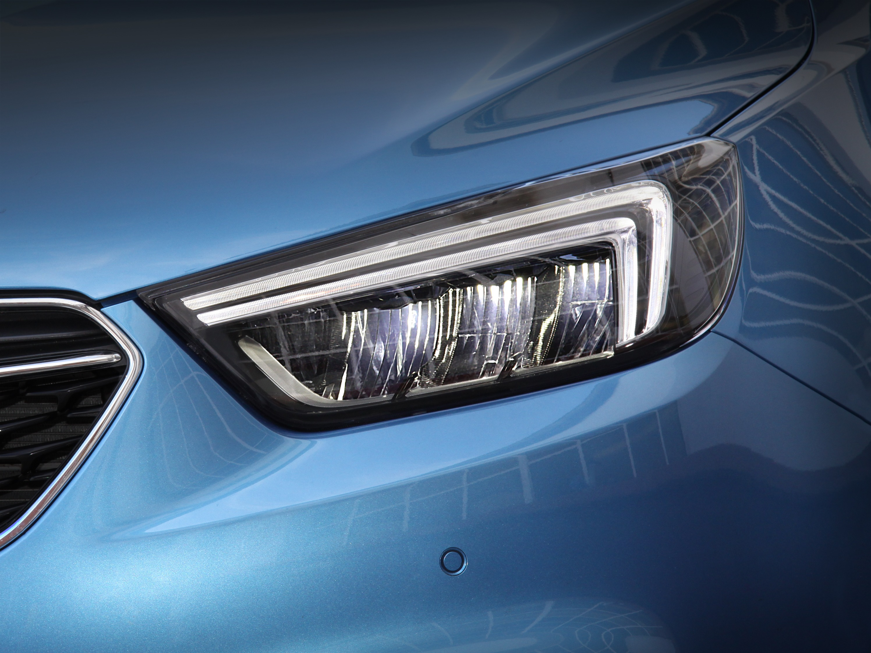 Opel-Mokka-X-Full-LED-Headlamps-302206.jpg